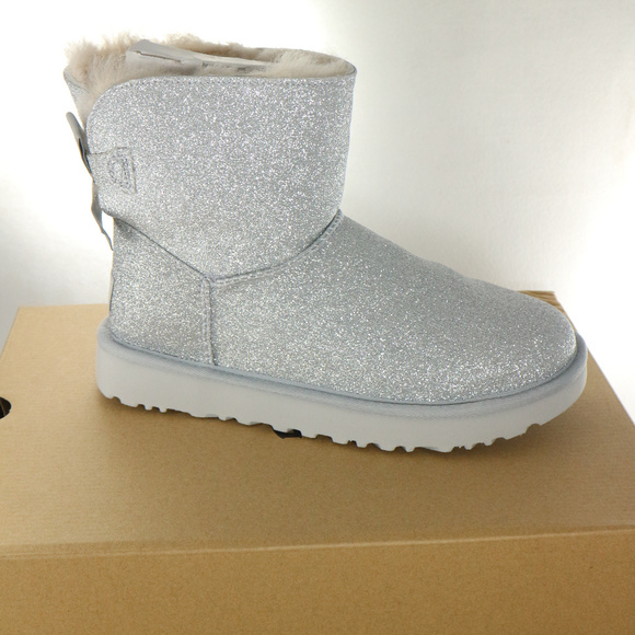 4739daa4ee4 RARE UGG Womens Mini Bailey Bow Sparkle Boots NWT